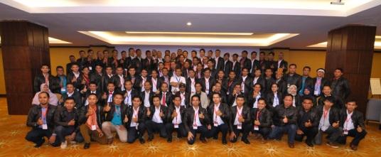 Foto bersama usai menjadi pembicara utama di ajang CIP MOR I PT. Pertamina (Batam - 2013)